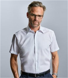 Russell Collection Short Sleeve Tailored Ultimate Non-Iron Shirt